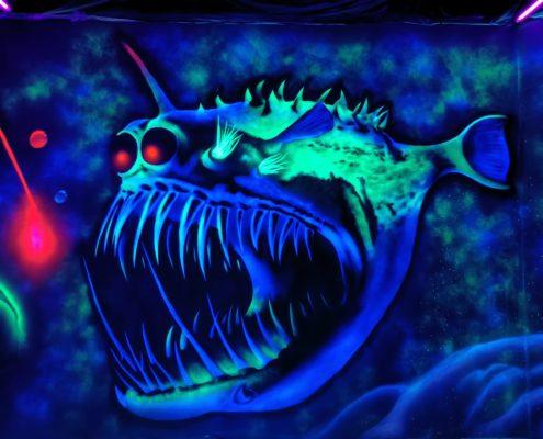 Schwarzlichtgraffiti Fisch